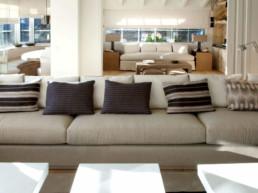 Imagen de un salón de estar cuya decoración es obra del estudio de arquitectura e interiorismo Cristina Arechabala.