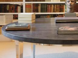 Imagen detalle de biblioteca en casa particular. Proyecto de decoración y diseño de interiores por cortesía del estudio de arquitectura e interiorismo Cristina Arechabala.