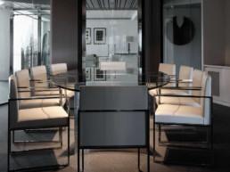 Imagen de una sala de reuniones en entorno de trabajo. Foto de estudio de arquitectura y decoración Cristina Arechabala